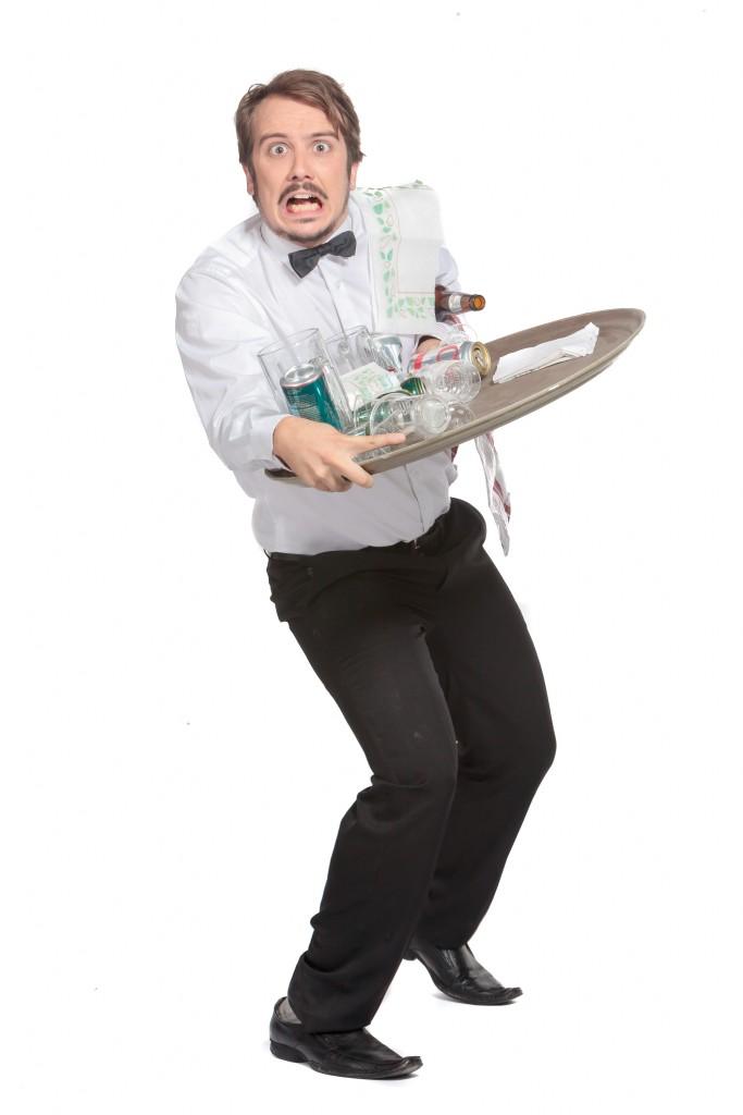 Faux Serveur : Pour un service maladroit et rempli de gaffes !