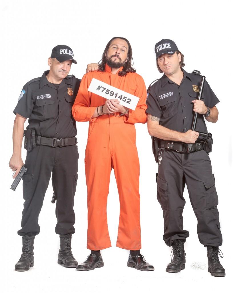 Les Faux Policiers : Sergents LEBOEUF et CAUCHON à l'écoute… 10-4 !