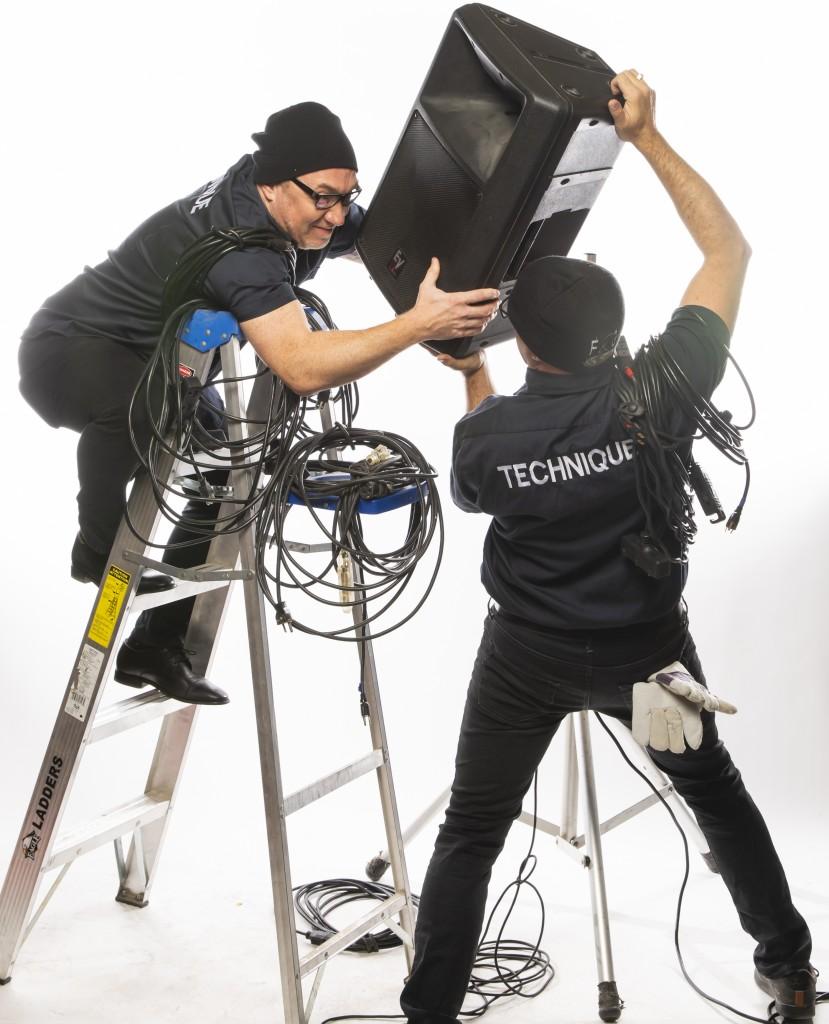 Les Faux Techniciens : Une installation mémorable et hors de l'ordinaire !